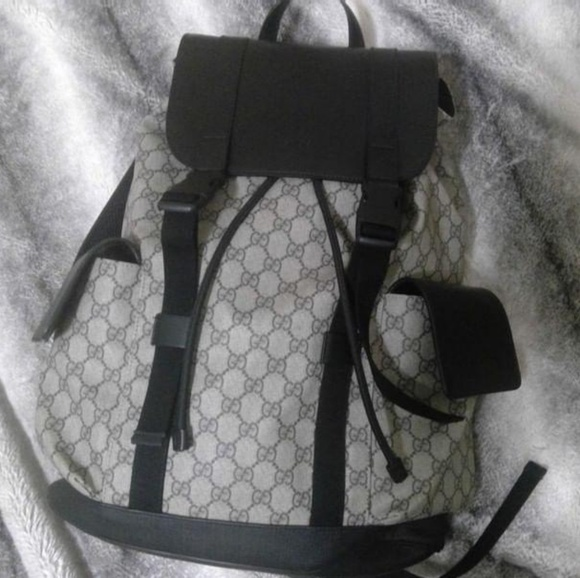 dbf448df8ef Gucci Other - Gucci GG Supreme Backpack